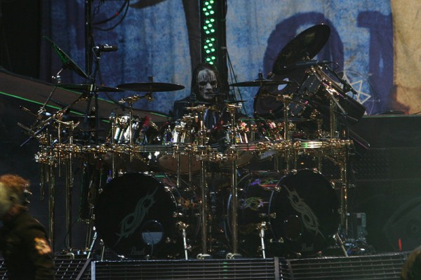 Joey_Jordison_at_Mayhem