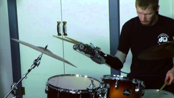 proteza perkusista